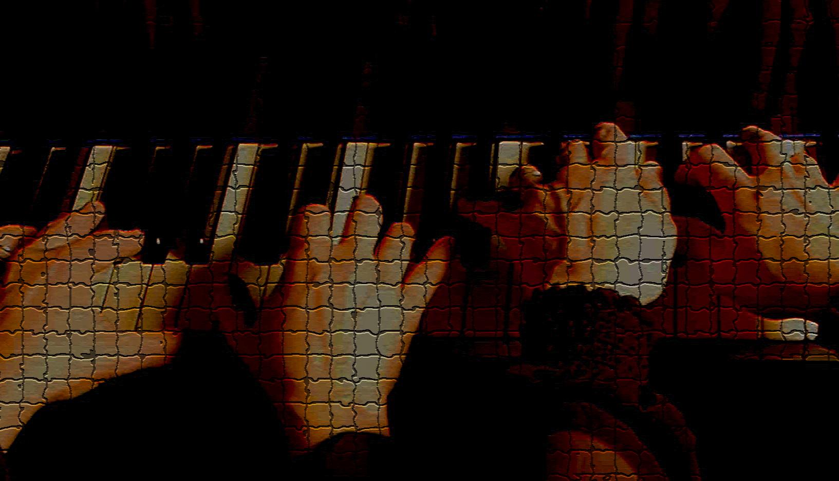 2 pianos