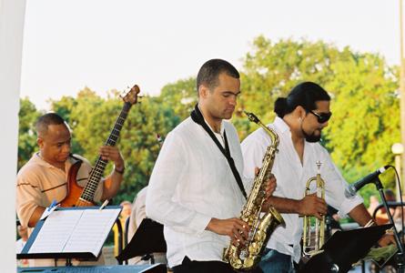Victor Miranda, Greg Ward & Victor Garcia
