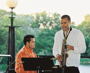 Darwin Noguera & Greg ward