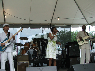 Chick Rogers and band