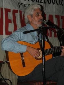 Paulinho Garcia